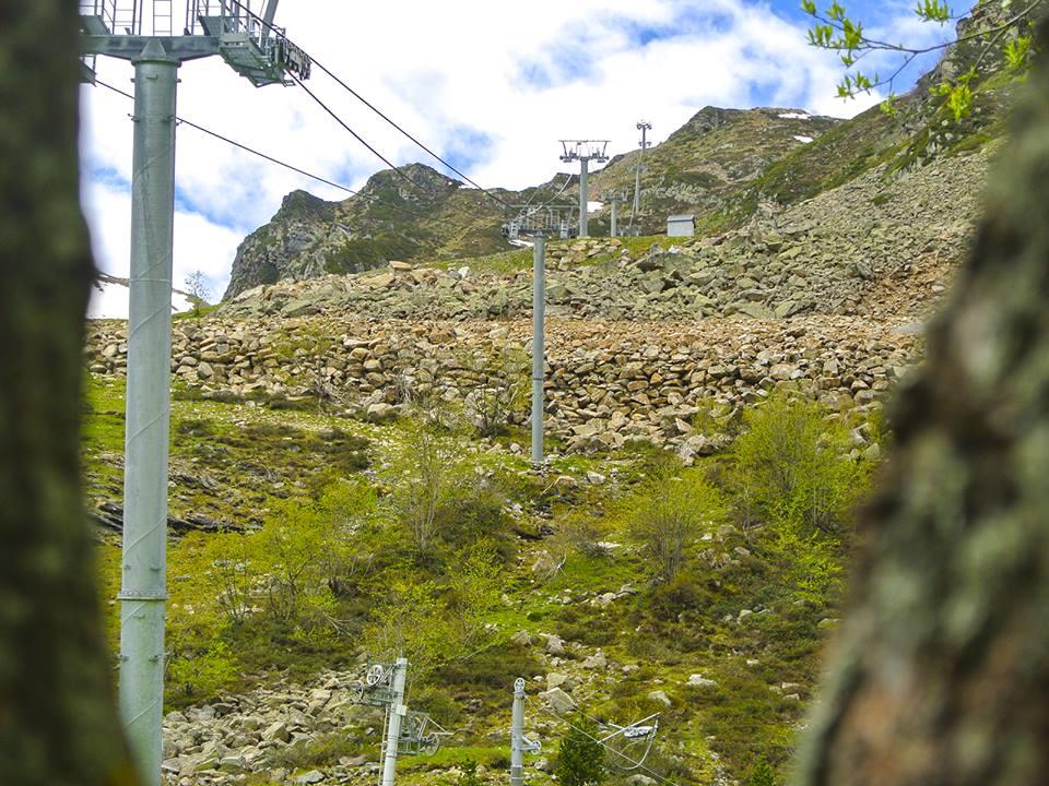 Les télésièges de Peyragudes en été, avant maintenance
