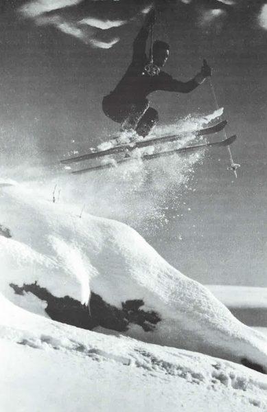 Saut en ski - Crédit photo : L'EPOPEE DE SKI AUX PYRENEES, Marcellin Berot