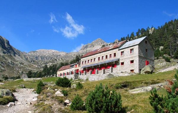 Dormir en refuge dans les Pyrénées - Crédit Photo : Mariano topopyrénées