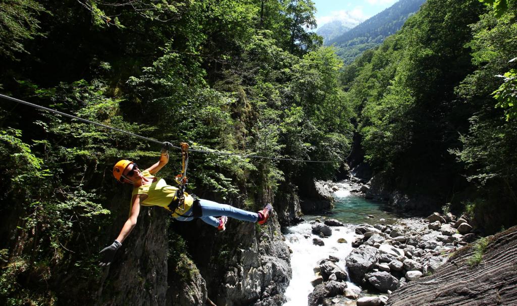 Luz Tyroline - Le plus long parcours de tyroliennes de France à Luz Saint Sauveur - Pyrénées