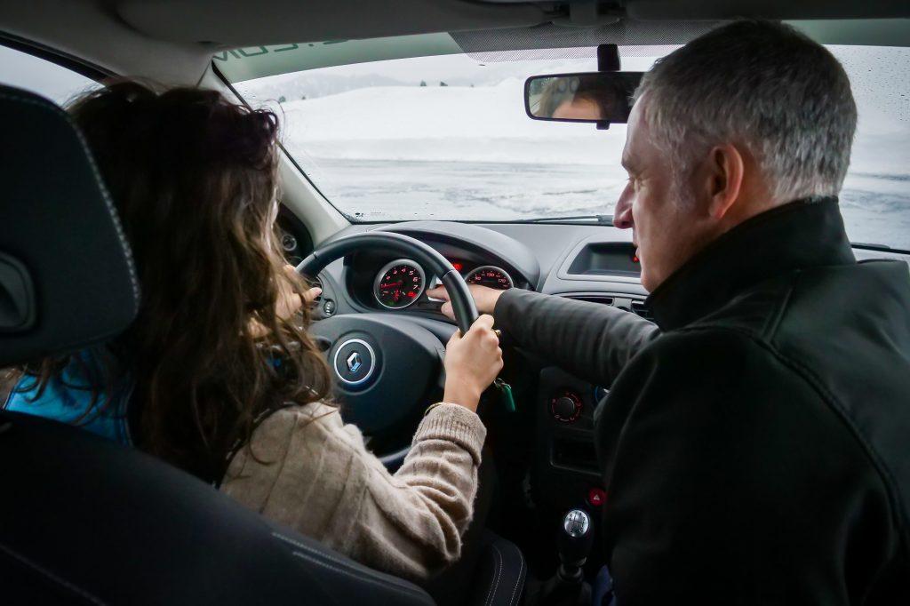Conduire sur la neige - Evolution Pilotage